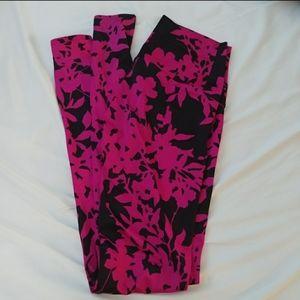 K-Deer bordeaux 7/8 leggings black & pink floral